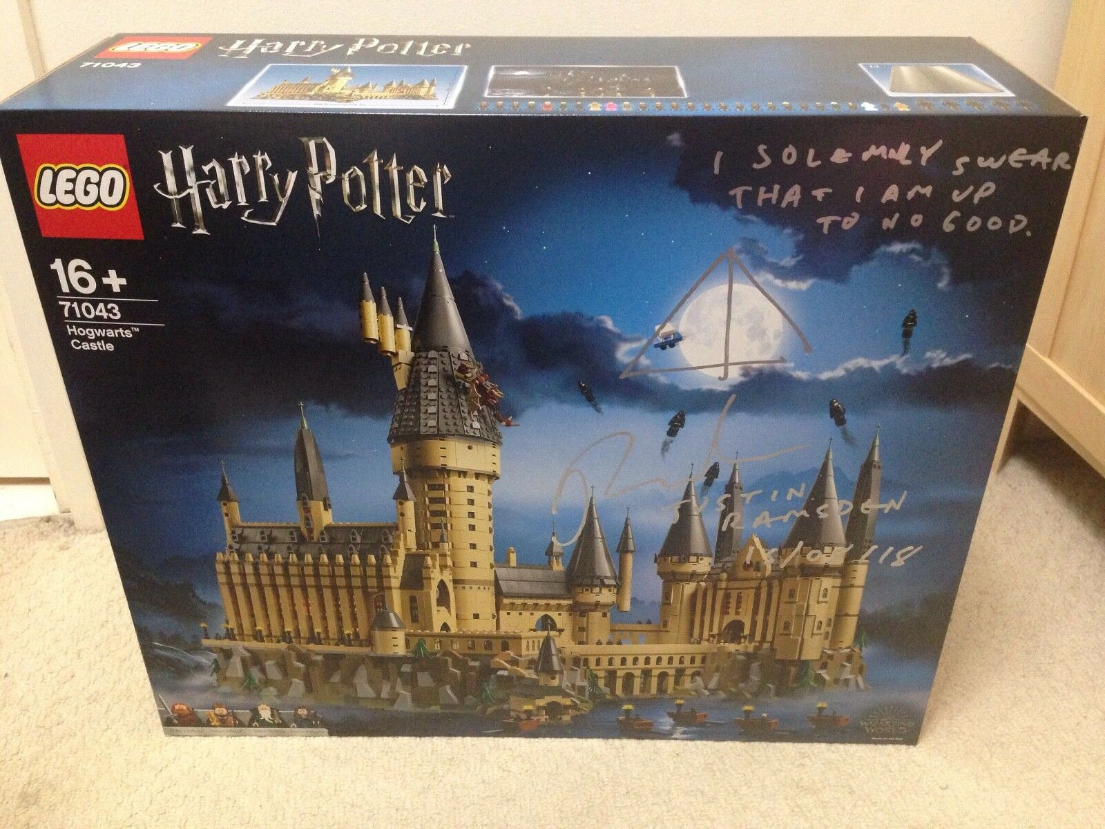 BNIB SIGNED LEGO HARRY POTTER HOGWARTS CASTLE 71043 VIP READY TO POST+ LEAFLET