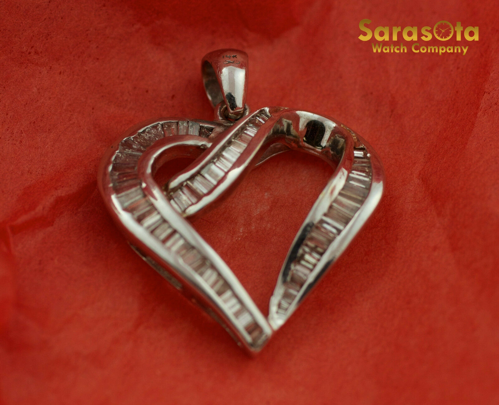 14K White gold Approx 1.25Ct Baguette Diamond Heart Shape Pendant