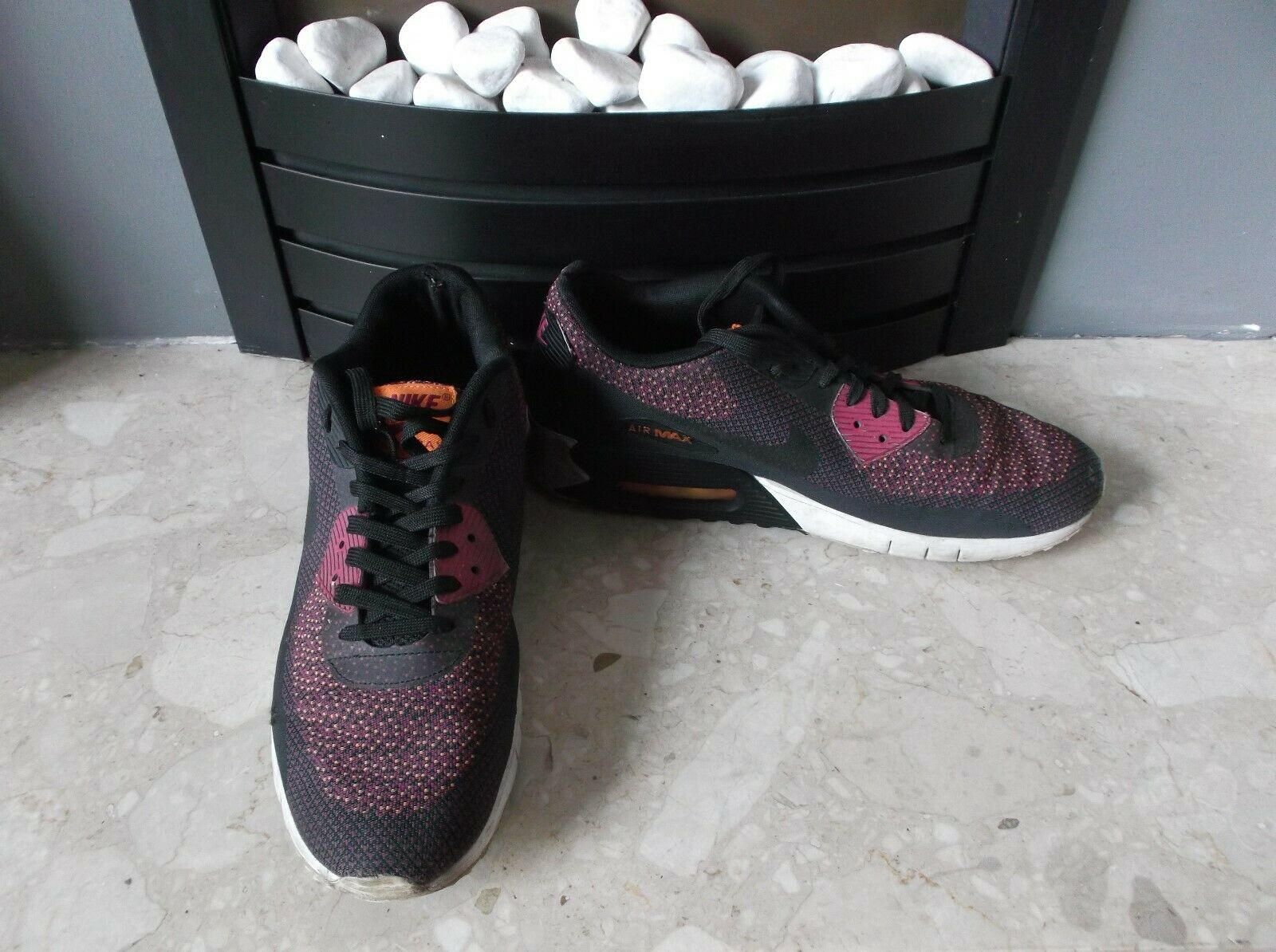NIKE AIR MAX 90 JACQUARD RUNNING SHOES BLACK MAGENTA TOTAL ORANGE SIZE UK 8.5