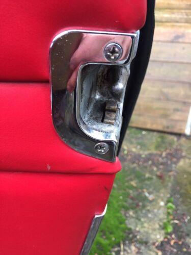 Mercedes Pagode w113 Ponton Fintail W108 109 110 111 Serrure De Porte Chrome Trim X2