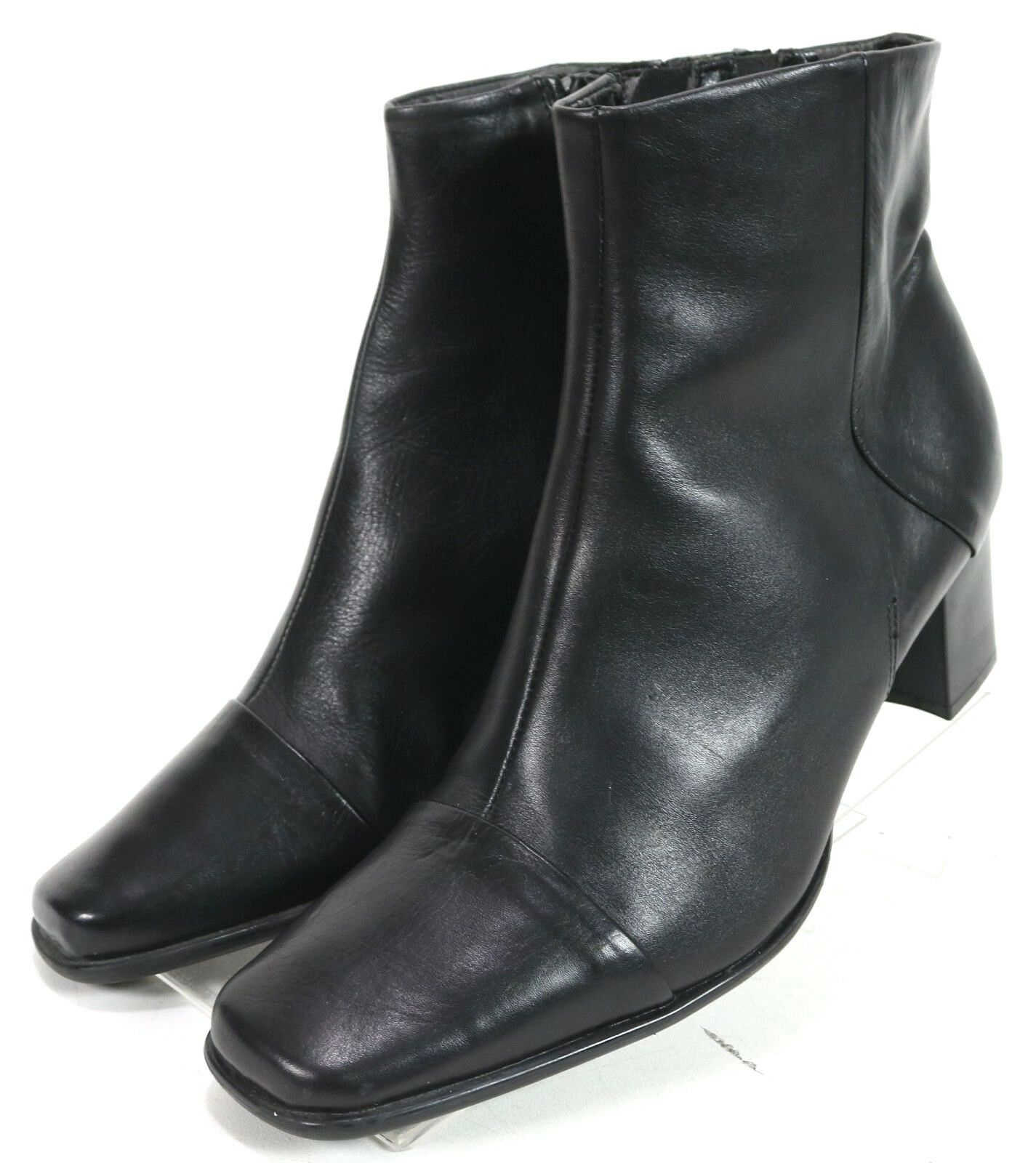 Clarks  90 Women's Ankle Boots Size 8.5 Side Zip Leather Black
