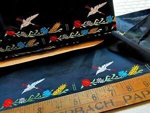 VINTAGE-JQ-1940-039-s-EMBROIDERED-Silk-3-5-8x4-3-4-FRANCE-RIBBON-1pc-Flowers-Bird