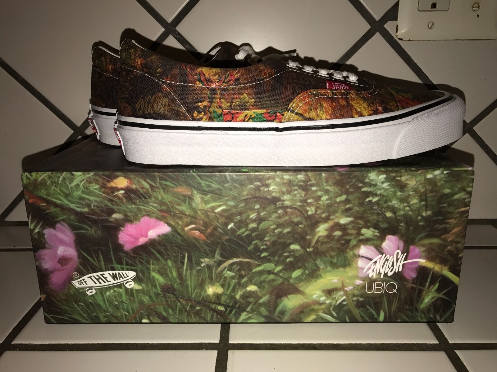VANS x UBIQ Ron English Camo Deer  SIZE 9 Signed 2X on Box and Shoe