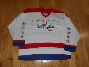 Vintage 90s CCM Maska Air Knit White WASHINGTON CAPITALS Mens NHL ... 38997aafa