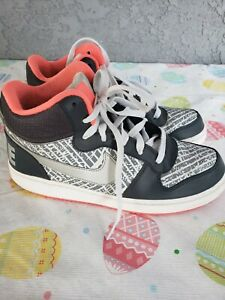 cheaper d4e72 06a71 Image is loading Nike-Court-Borough-Mid-Print-GS-Shoes-845103-