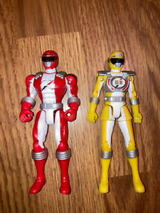 2006 Bandai Yellow And Red Power Rangers Toys
