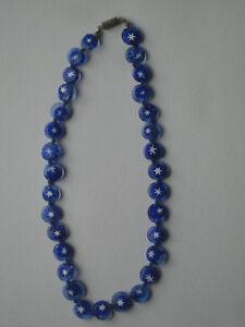 collier-perles-millefiori-bleu-et-blanc-annees-60