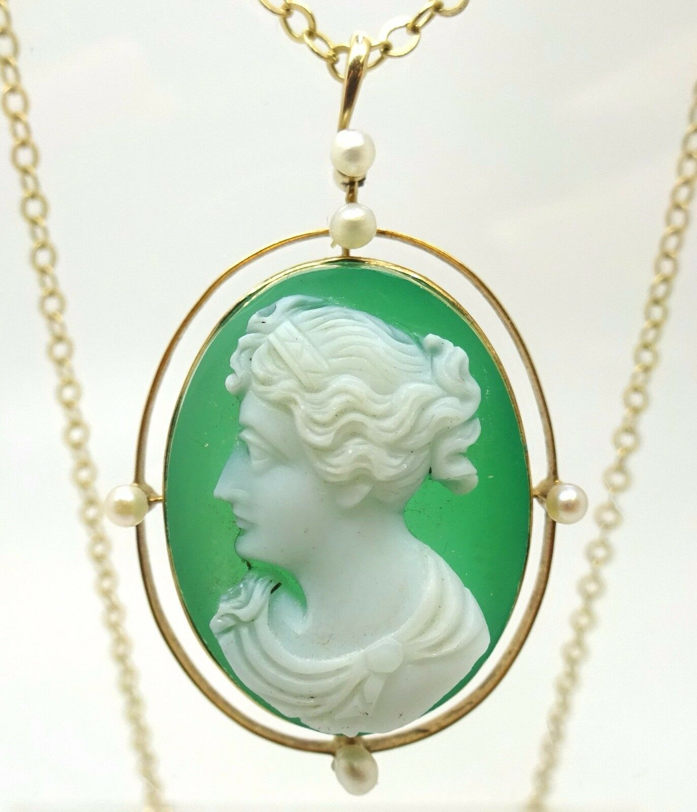14k gold Chrysoprase Cameo Pendant with Seed Pearls ( J3654)