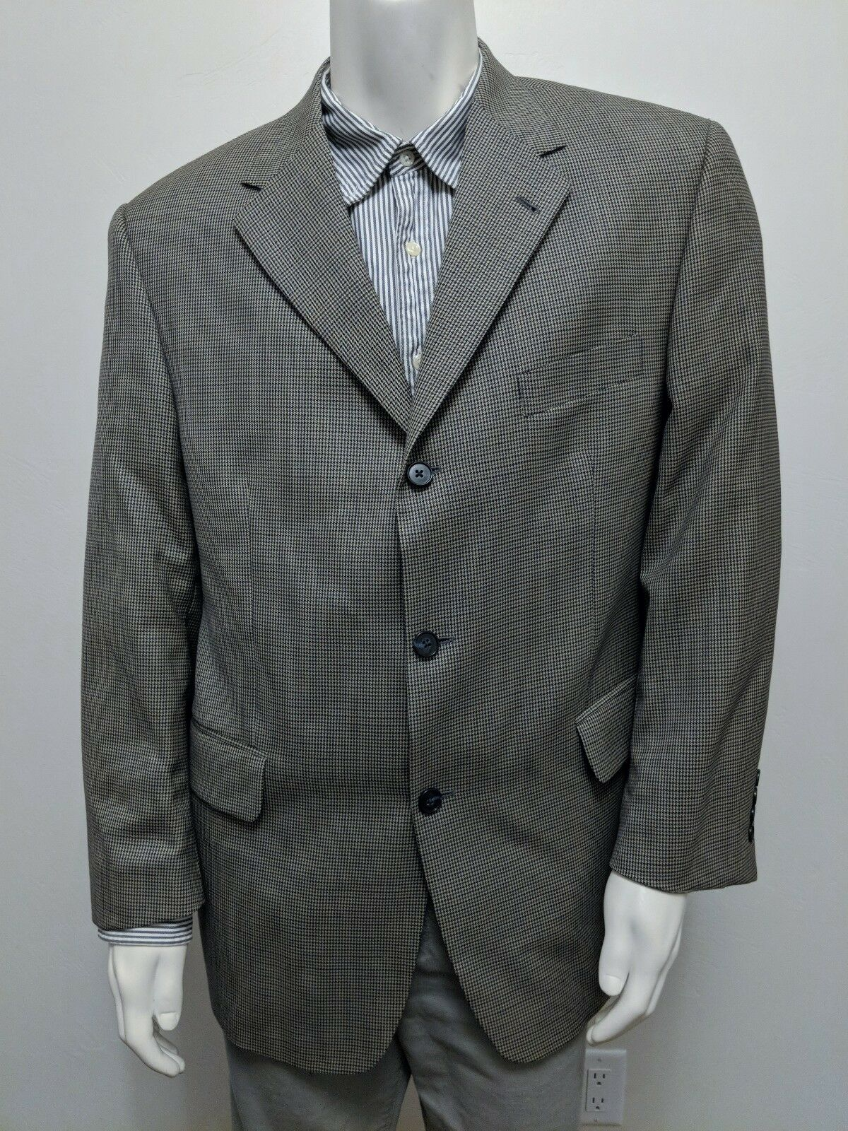 VTG 42S Tommy Hilfiger 100% Wool Blazer/Sportcoat Houndstooth Canada 3-Button