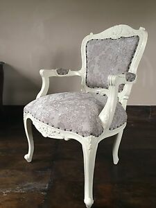 Statement-Large-Shabby-chic-Antique-White-Cream-Ivory-French-Louis-Arm-Chair