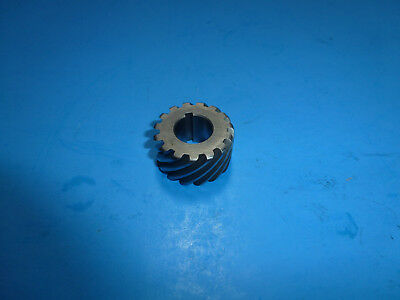 20 PITCH R.H. 10 TOOTH NEW BOSTON H2010R HELICAL GEAR
