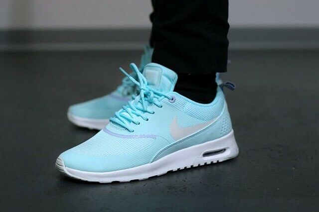 nike air max thea femmes dirige la chaussures formation de chaussures la taille 11 nous vert / blanc 97127e