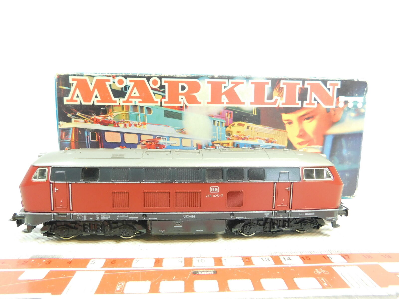 BT61-1Märklin H0 Ac 3075 Diesel Locomotive Diesel Locomotive 216 025-7 Db