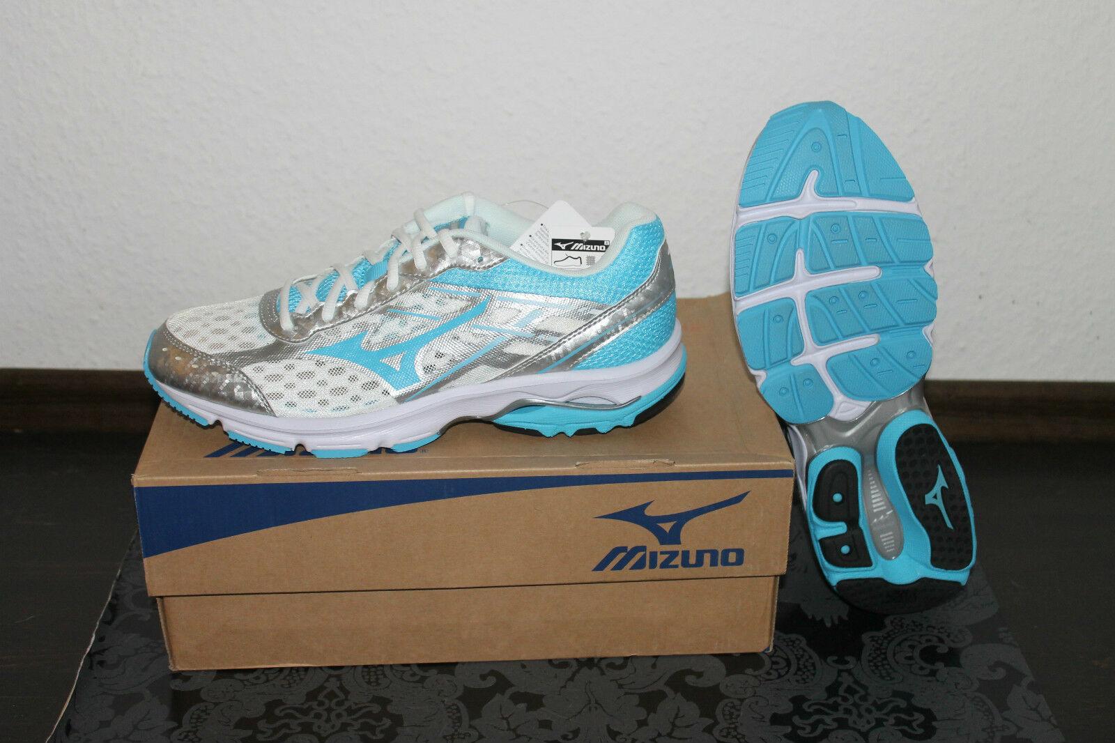 Mizuno Wave  Advance Women's Running Running shoes blueee All Size New With Box  low-key luxury connotation