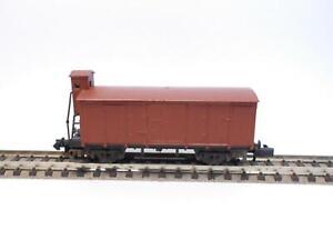ARNOLD Gedeckter Güterwagen mit Bremserhaus (47128)
