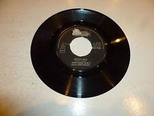 """BOBBY 'BORIS' PICKETT & THE CRYPT-KICKERS - Monster Mash - UK 2-track 7"""" Single"""