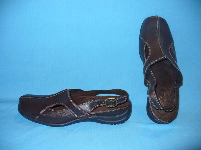 2f83fc32a4a Womens Easy Street Comfort Wave Brown Sportster Stretch Sandals / Shoes  Size 9 N