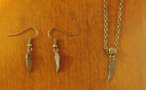 collier chaine bronze 41 cm avec pendentif aile d/'ange 18x5