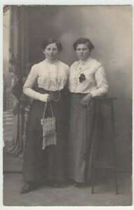 37372-Foto-AK-junge-Damen-Kabinettfoto-vor-1945