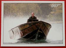 JAMES BOND - Quantum of Solace - Card #028 - Camille Falls Unconscious