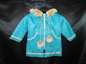 Loraiine-Joe-Yukon-Alaska-Native-Kids-M-Parka-Coat-Blue-Dog-Sled-Coyote-Fur-Hood