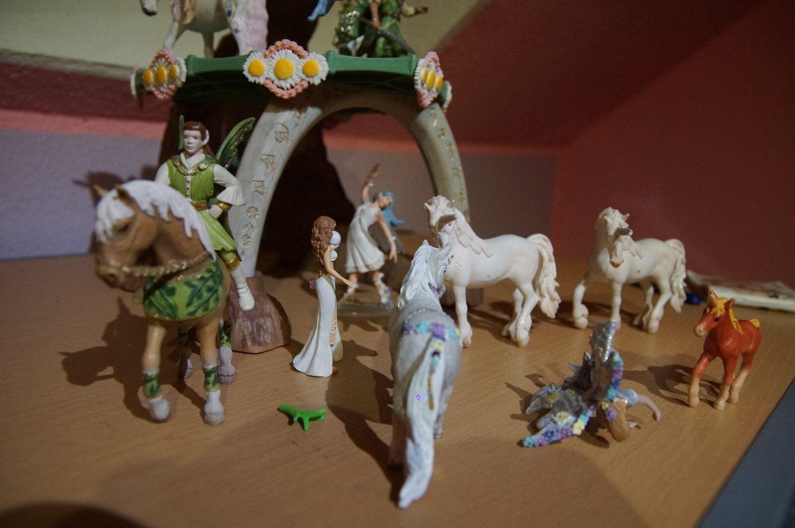 Schleich 42032 Sommergün, 6 x Schleich Tiere und 8 Figuren Bayala Feenwelt