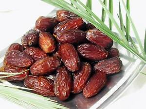 400-gr-of-Fresh-Sweet-amp-Natural-Medjool-Dates-Kosher-Food-from-Israel
