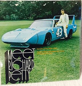 Meet-Richard-Petty-Record-Album-And-Book-NASCAR-Plymouth-Racing-Mopar-1970-Rare