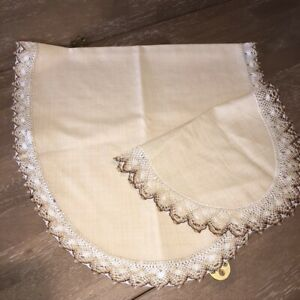 Vintage-Oatmeal-Linen-Table-Runners-Set-of-2-Ovals-Tan-Crocheted-Edges-35-034-17-034-L