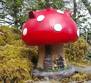Garden Fairy Mushroom House Solar Decorative Ornament