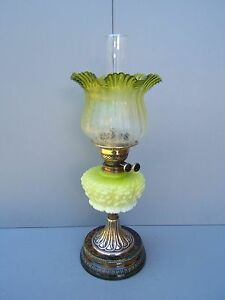 Oil-lamp-Brass-vintage-Duplex-Green-Yellow-shade-amp-font-beautiful-working-OL2