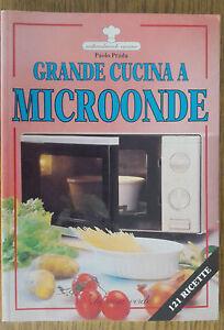 Grande-Cucina-A-Microonde-Paola-Prada