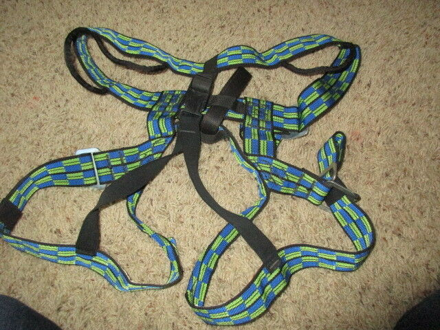 REI Adjustable Seat Climbing Harness LARGE bluee Green NICE