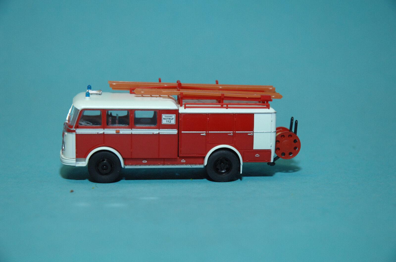 Heico HC2007 MB Pullmann LP311 Feuerwehr Löschgruppenfahrzeug LF16 1 87  NEU