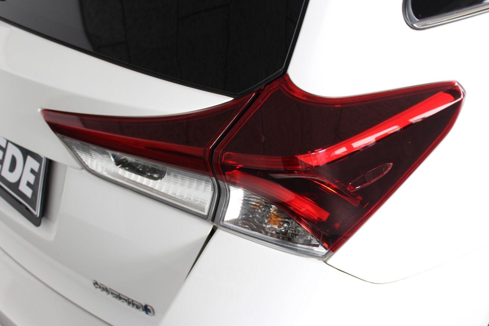 Toyota Auris 1,8 Hybrid H2 Comfort Touring Sports CVT