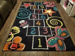 Kids Room With Hopscotch Board