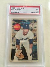 RARE 1968 Topps 3D 3-D Test Issue Willie Davis Red Stamp On Back Xograph PSA 3