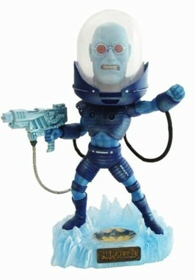 DC  MR FREEZE FREEZE FREEZE Headknocker 18cm Monogram f98fc3