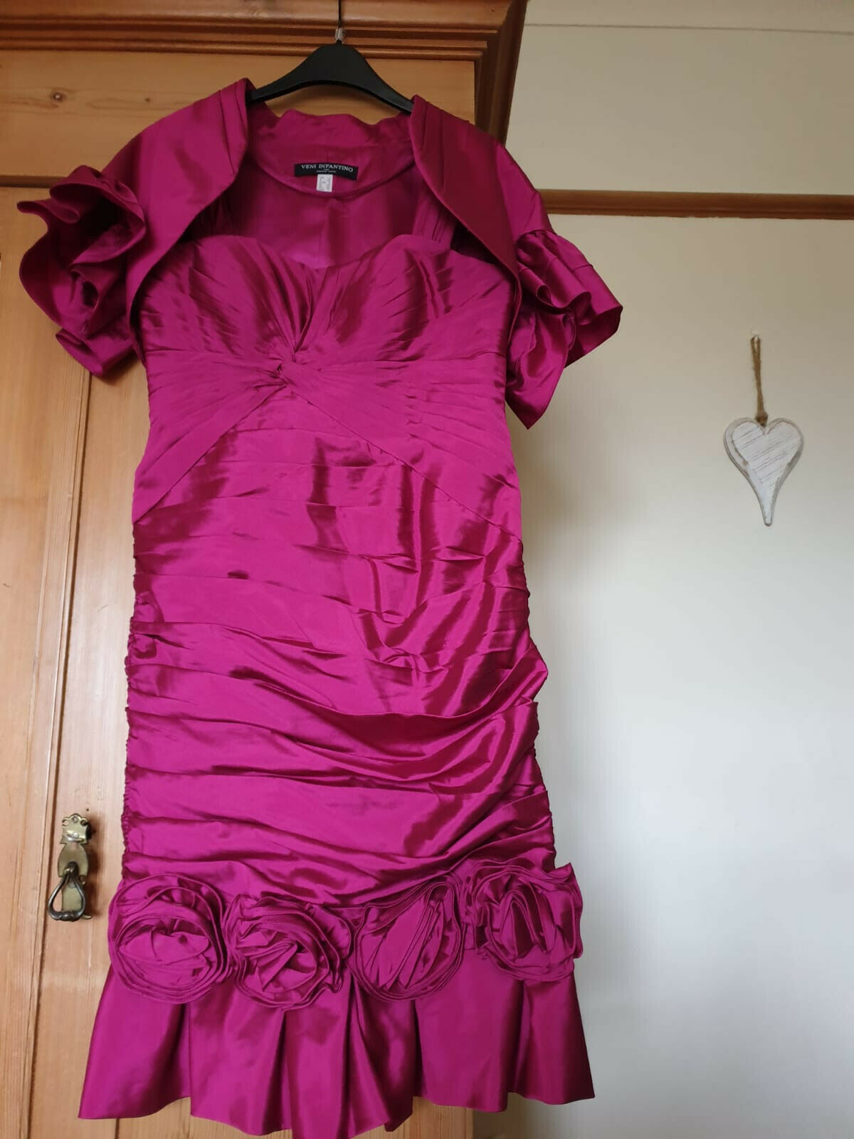 Stunning pink Veni Infantino Mother of the bride/groom outfit size 12