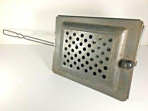 Antique-Popcorn-Popper-Metal-Basket-Long-Handle-Fireplace-Campfire-Vintage