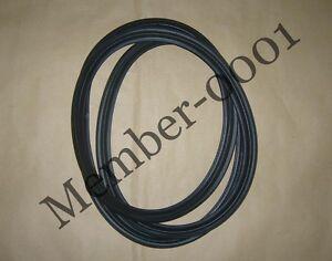 2003-2008 toyota corolla weatherstrip rubber seal trunk  64461-02070 oem d20