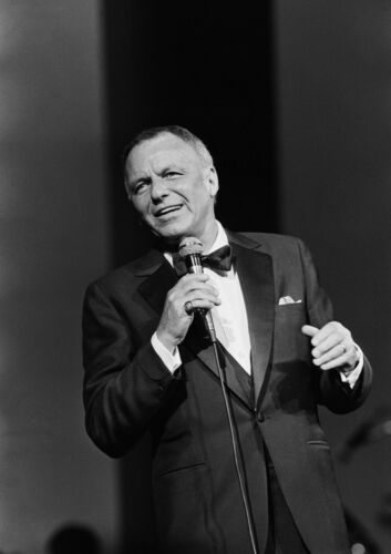 Canvas Frank Sinatra In Concert Art print POSTER