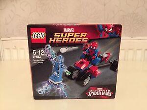 LEGO-76014-SUPER-EROI-MARVEL-ULTIMATE-SPIDERMAN-spider-trike-Vs-Electro-Set