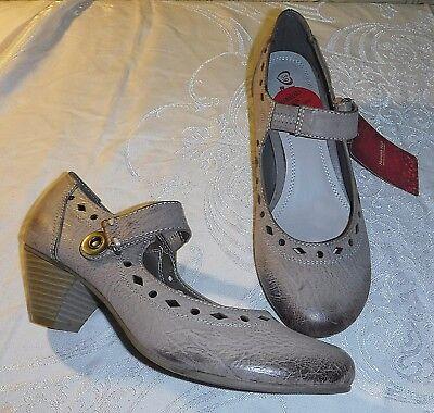 Elegancia clásica Heavenly Feet Mary Janes SETA 39 6 Zapato Sin Uso merece más