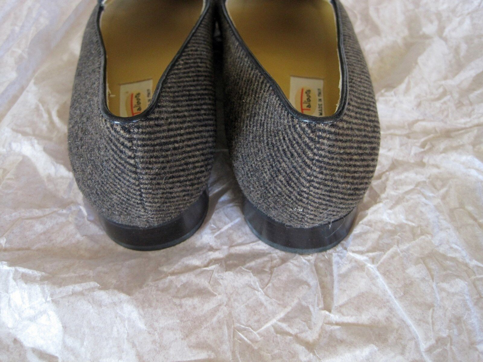 NEW NEW NEW TALBOTS GREY BLACK FABRIC LEATHER LOAFERS 6 ITALY 4d4c9f