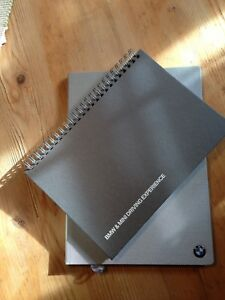 Original-BMW-MINI-Timer-Terminplaner-Kalender-Notebook-NEU-2-Teile