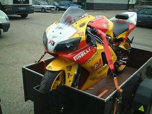 R-amp-G-Racing-MOTORCYCLE-MOTORBIKE-TIE-DOWN-25mm-RATCHET-STRAPS-Pair-ST0699