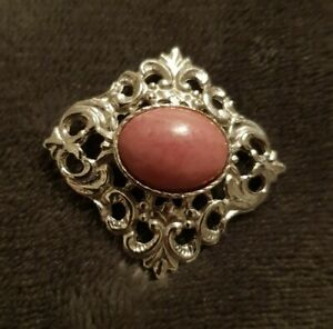 VINTAGE-Signed-Hollywood-Silvertone-pink-centre-stone-BROOCH-Pin