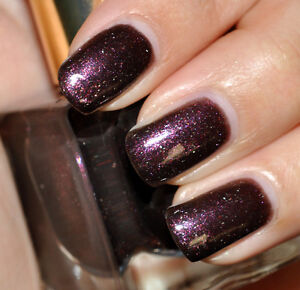 Estee-Lauder-EXTRAVAGANT-NIGHT-Purple-Black-Silver-BNIB-Nail-Polish-Chic-RARE