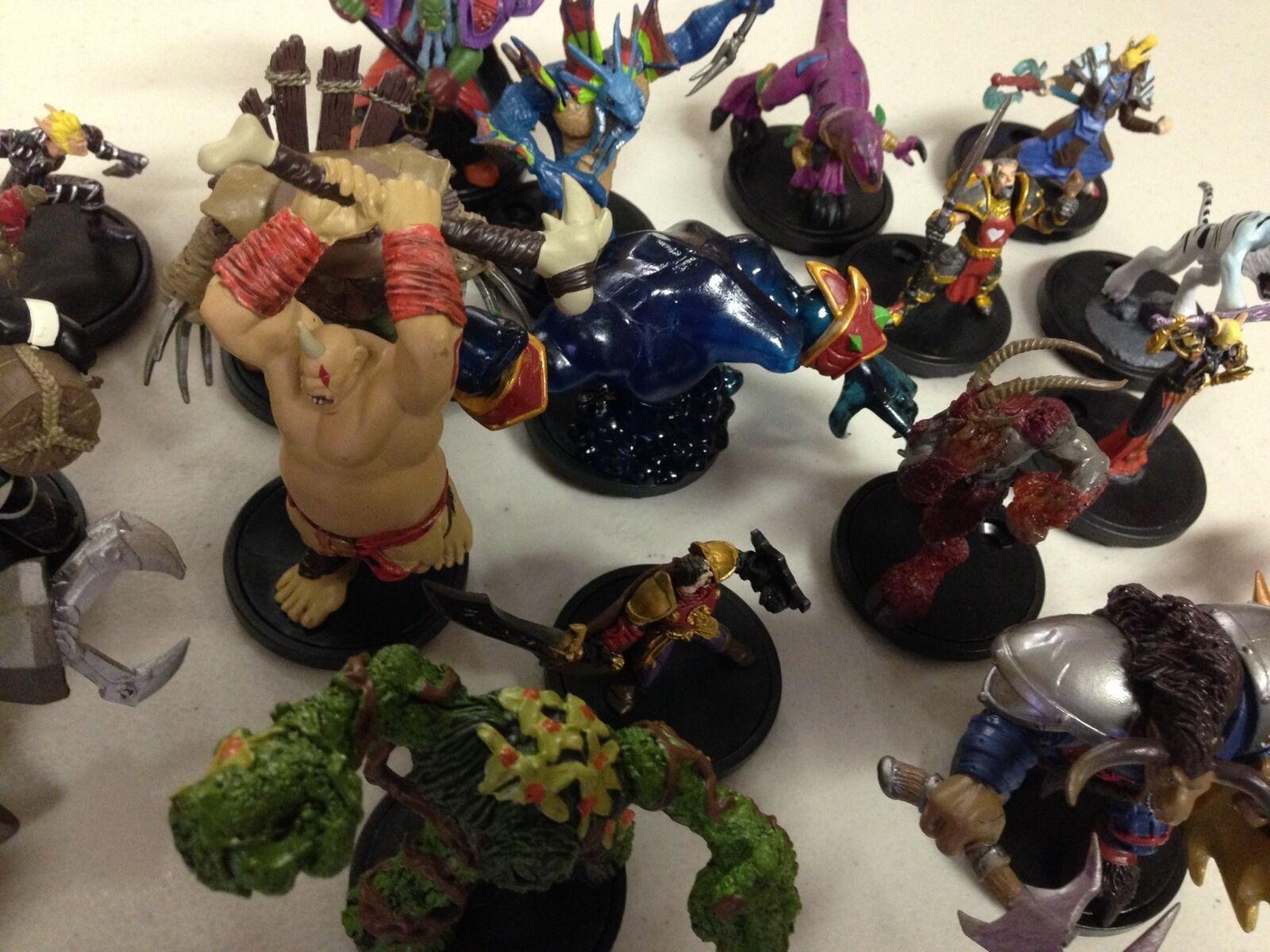 Wow Warcraft Mini Miniatures  100 + Raras Y Comunes Minis Mega Mix Set